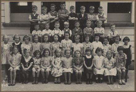 Terrace End School - Primer 4, 1942