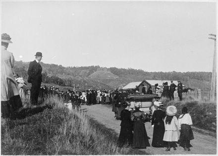 Opening of Ashhurst Bridge
