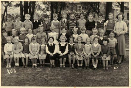 Terrace End School - Primer 1, 1954