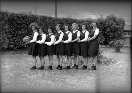 Palmerston North Technical High School - 'E' Netball Team