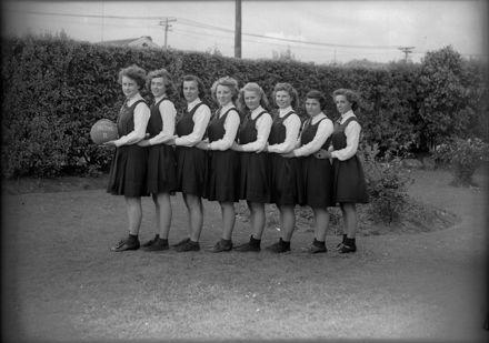 Palmerston North Technical High School - 'B' Netball Team