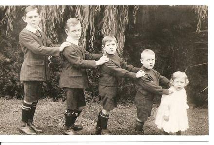 Children of W A George