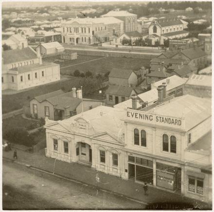Evening Standard Offices, Main Street East