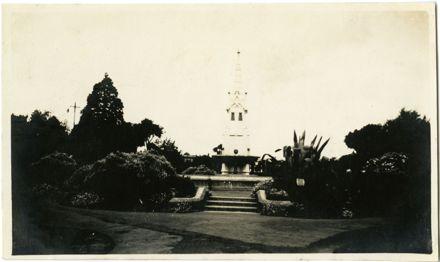 Andrews Collection: King Edward VII Coronation Memorial Fountain