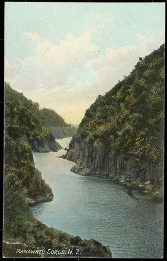 Postcard of Manawatū Gorge