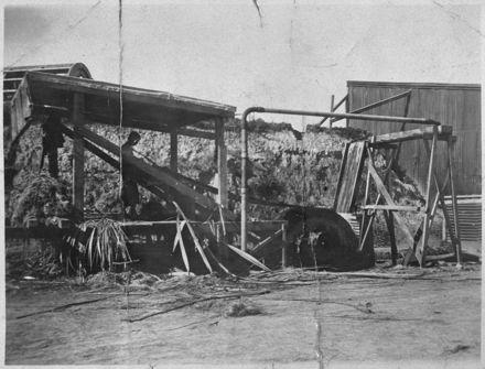 Stripping machine at Miranui Flaxmill, near Shannon