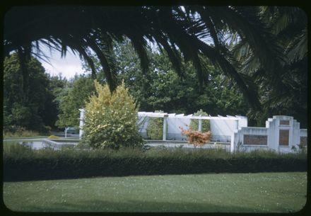 Victoria Esplanade Gardens - RSA Paddling Pool