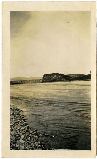 Andrews Collection: Manawatu River