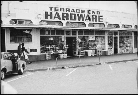 Terrace End Hardware, Ruahine Street
