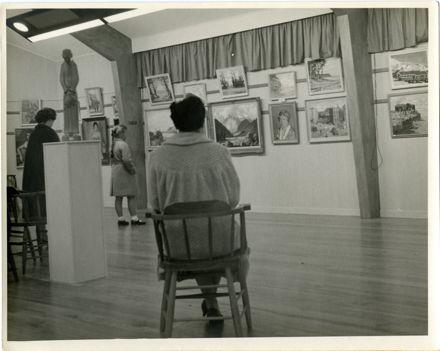 Manawatu Art Gallery interior (2)