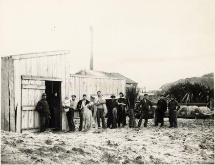 Staff of Oliver Austin's Flaxmill, Foxton