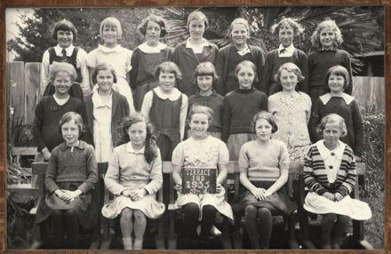 Terrace End School - Standard 4, 1935