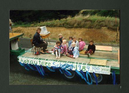 Centennial Float, Aokautere School