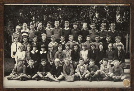 Terrace End School - Standard 1, 1933