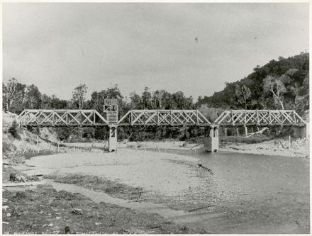 Bridge over the Waikanae River
