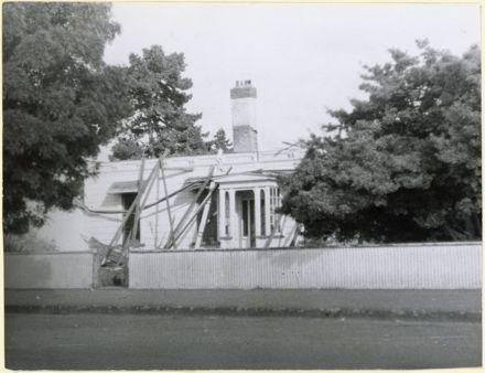 Demoliton of caretaker's house, A & P Showgrounds