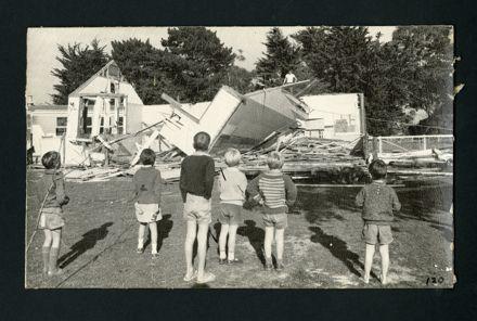 Demolition of the old Fitzherbert East / Aokautere School Building