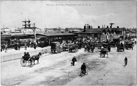 Palmerston North railway station