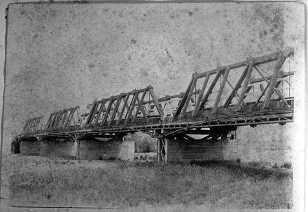 Bridge over the Oroua River at Awahuri