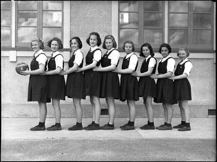 Basketball team, Palmerston North Intermediate School