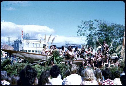 Waka Float - 1971 Palmerston North Centennial Jubilee Parade