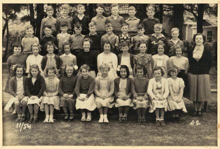 Terrace End School - Standard 2, 1954