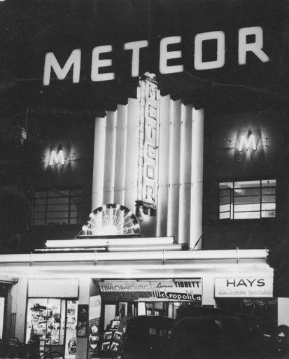 Meteor Picture Theatre, The Square