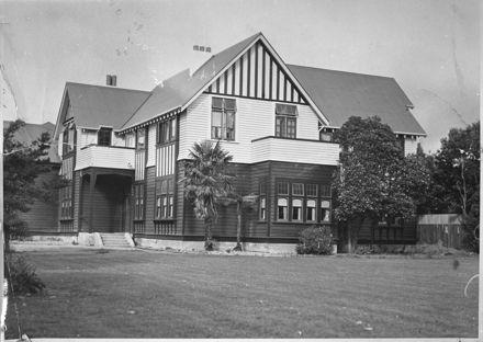 McNab house, 151 Fitzherbert Avenue