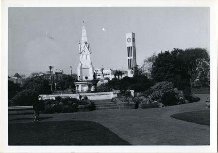Coronation Fountain, The Square