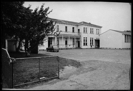 Palmerston North Boys' High School - Temporary Hostel Building