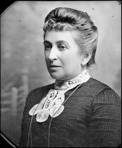 Mrs  Isabella Luxford