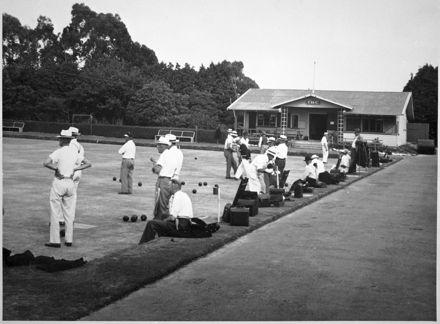Lawn Bowls at Takaro Bowling, Tennis and Croquet Club