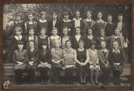 Terrace End School - Standard 5, 1933