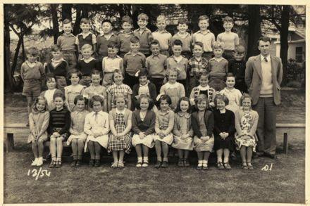 Terrace End School - Standard 1, 1954