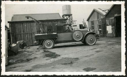 Tow truck at Bunnythorpe Garage