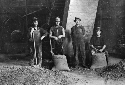Workers at Longburn Freezing Works