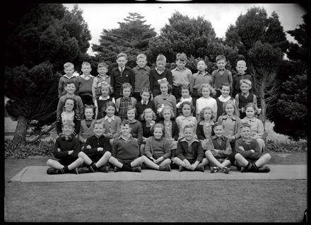 Central Normal School pupils, Palmerston North