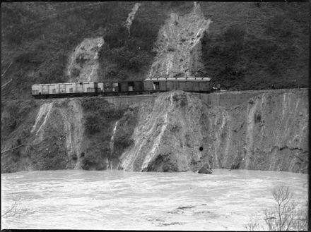Train derailment, Manawatu Gorge