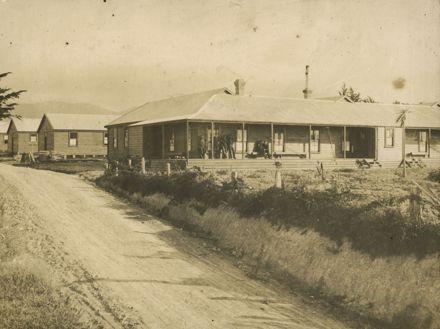 Workers' quarters, Miranui Flaxmill, near Shannon