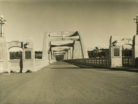 Northern end of Fitzherbert Bridge