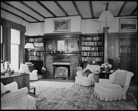Sitting room of 'Atawhai', Fitzherbert