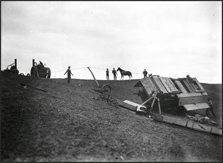 Hauling a damaged threshing mill up a hill, Mt Biggs Road
