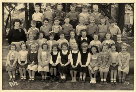 Terrace End School - Primer 3, 1954