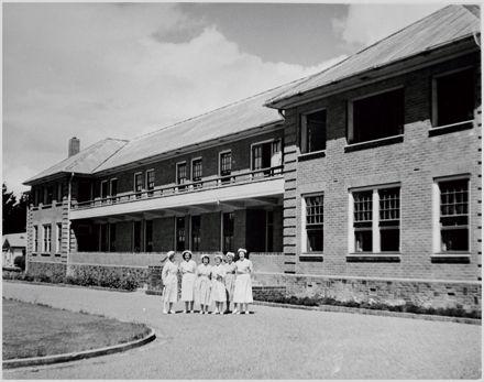 Nurses outside Nurses' Home, Palmerston North Hospital
