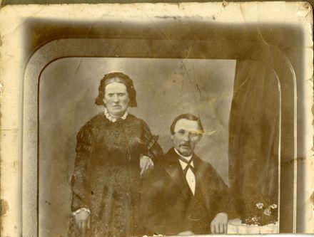 Emma and James Duncan Belk, early settlers in Feilding