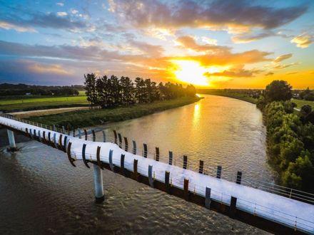 He Ara Kotahi pathway bridge over the Manawatu River