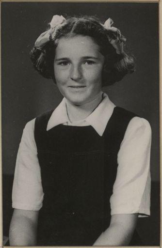 Ellen Miller - Terrace End School Dux, 1952