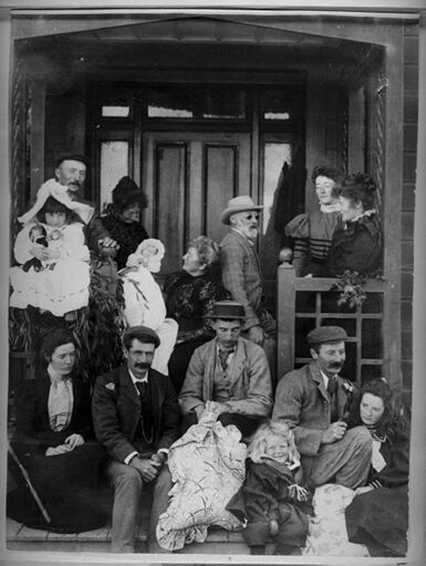 Slack and Hewett families