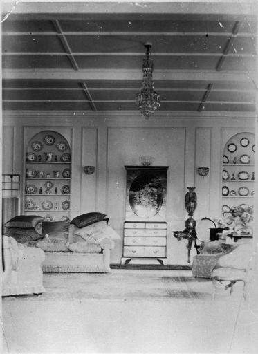 "Drawing room of ""Whare Rata"", Fitzherbert"