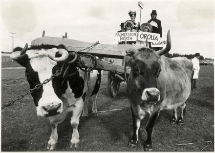Manawatu County's Centennial Procession, Sanson